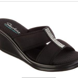 Skechers bling sandals memory foam 8
